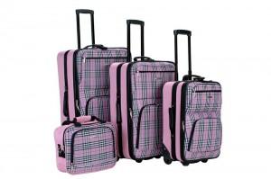 rockland-four-piece-luggage-set-pink-plaid