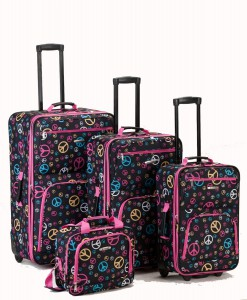 rockland-peace-signs-luggage-gift