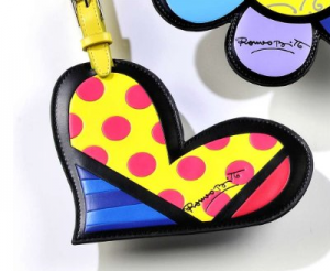 fun-luggage-tags-at-travelgiftlist