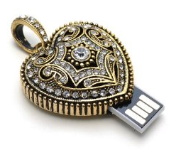 gold-heart-necklace-fun-flash-drives