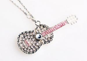 fun-flash-drives-crystal-diamond-guitar-necklace