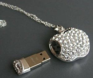 fun-flash-drives-crystal-apple-with-necklace