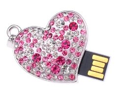 pink-and-clear-crystal-heart-necklace-usb-drive