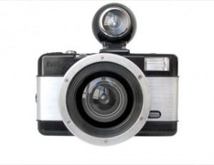 best-travel-gifts-for-photographers-lomographic-fisheye-camera