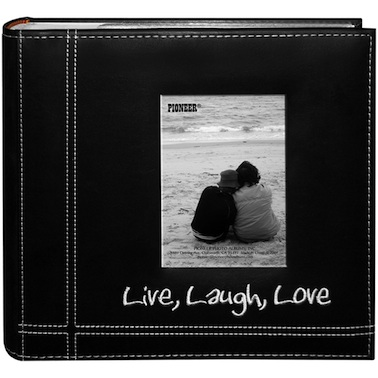 romantic-gifts-for-travelers-pioneer-photo-album
