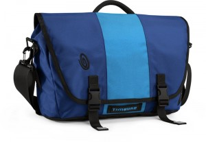 sporty-checkpoint-friendly-laptop-bag-for-women-travelers-timbuk2-messenger-blue