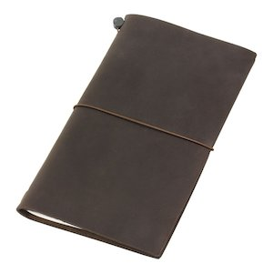 handmade-leather-travel-journals-travelers-notebook-brown