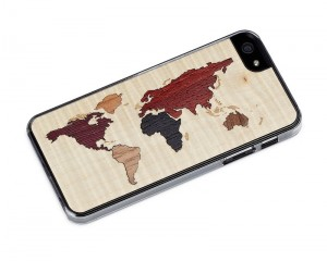iPhone-travel-accessories-world-map-case-wood