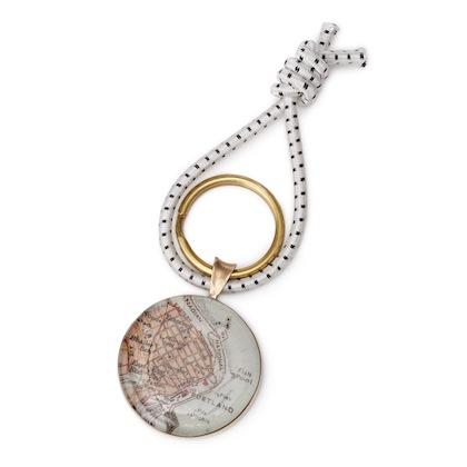 romantic-gifts-for-travelers-bronze-custom-map-key-ring