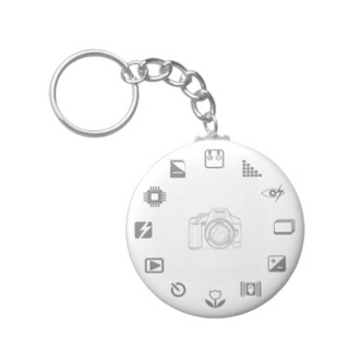 best-travel-gifts-for-photographers-camera-icons-keychain