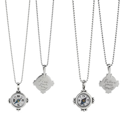 romantic-gifts-for-travelers-hand-engraved-compass-necklaces