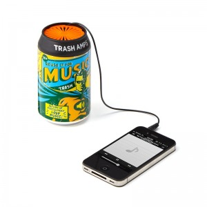 green-gifts-for-travelers-soda-can-speaker