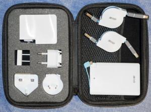 olixar-power-up-kit-4-in-1-charging-pack-travel-case